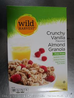 Wild Harvest Cruncy Vanilla Almond Granola