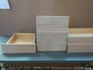 Set of 5 drawers.