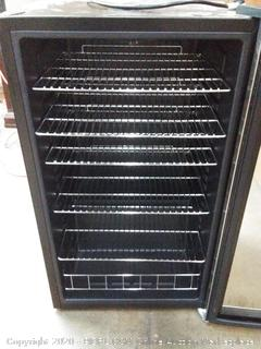 new air beverage cooler black and chrome (powers on)