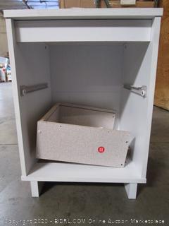 Cabinet Item