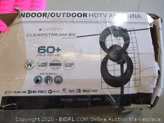 Indoor/Outdoor HDTV Antenna (Box Damage)