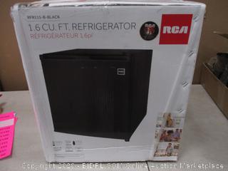 RCA 1.6 Cu Ft Refrigerator