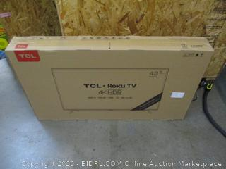 """TCL roku TV 4K HDr 43"""" Powers on See Pictures"""