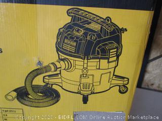 DeWALT DXV06P 6 gallon Poly Wet/Dry Vacuum