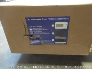GE Microwave Oven (See Pictures)