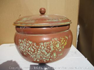 Pot (See Pictures)