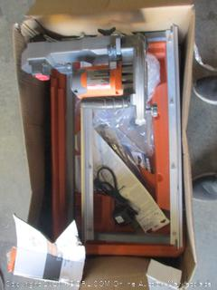 Ridgid 7 In Tile Saw (Powers On)