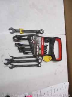 Husky 6-Piece 100 Position Double Ratcheting Wrench Set (See Pictures)