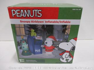 Inflatable Peanuts Christmas Decoration
