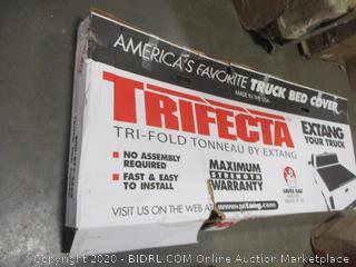 Truck Bed Cover Tri-fold Tonneau