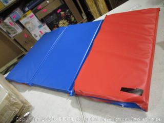 "21"" x 35"" Multi-Fold Play Foam Pad (Damaged, See Pictures)"