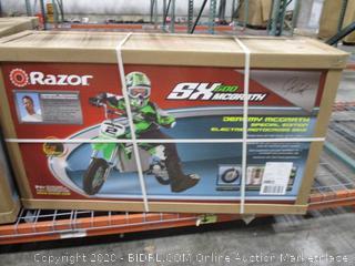 Razor Dirt Rocket SX500 McGrath Ride On Dirt Bike