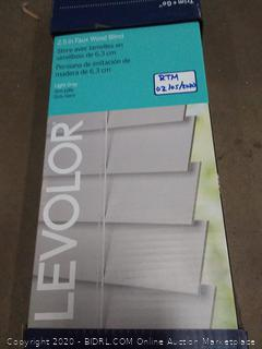 2.5 in faux wood blind light gray Levolor