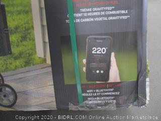 Masterbuilt Digital Charcoal Grill + Smoker