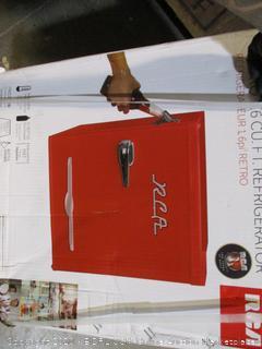 Retro 1.6 CU. Ft. Refrigerator