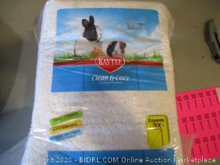 Kaytee Clean & Cozy Small Pet Bedding