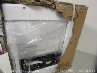 Compact Refrigerator (Box Damage)