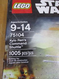 LEGO Star Wars: The Rise of Skywalker Kylo Rens Shuttle 75256 Star Wars Shuttle Action Figure Building Kit