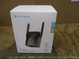 Rock Space Dual Band WiFi Repeater