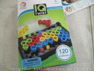 SmartGames- IQ Twist- 1 Player Puzzle Game
