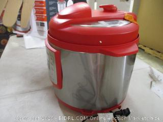 Instant Pot- Lux- 6 in 1 Multi Use Programmable Pressure Cooker- Red (dent, please see picture)