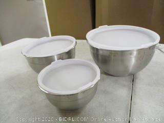 Cuisinart- 3 Mixing Bowls w/ Lids