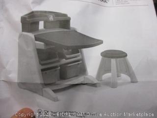 Flip & Doodle Easel Desk  .