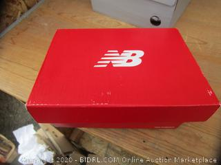 New Balance Infant Tennis Shoes Size 4