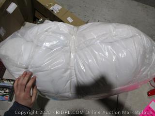Linen/ Pillows?