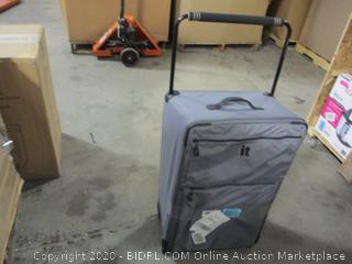 It Luggage- Wheeled Luggage