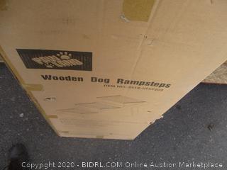 Wooden Dog Rampstep (Box Damage)