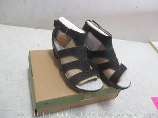 jambu & Co  Size 7