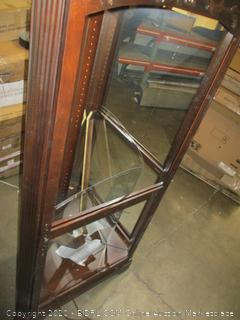 Curio Cabinet damaged See Pictures