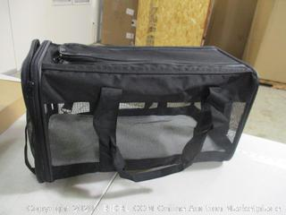 """AmazonBasics - Soft-Sided Pet Carrier, Large (20"""" x 10.5"""" x 11"""")"""
