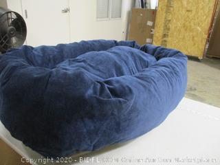 """Majestic Pet - Bagel Dog Bed (40"""")"""