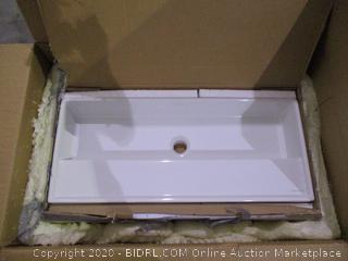 Mounted/Vessel Sink white
