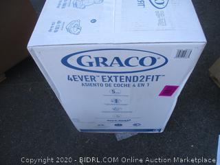 Graco Car Seat (Box Damage)