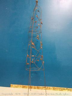 "Gardman 7250 Nature Obelisk, 5' 3"" High (online $83)"