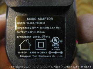 AC/DC Adapte no box