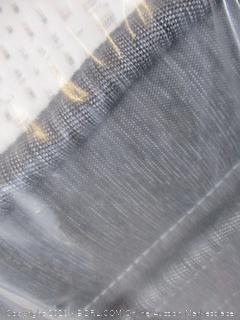 Beautyrest Silver  Queen BRS900 Pillowtop Mattress($1279 Retail)