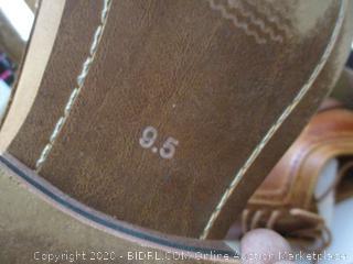 Men's Shoes Size 9.5