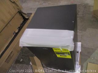 refrigerator/Freezer 3.5 Cu.Ft