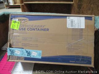 Suncast Trash Hideaway refuse Container