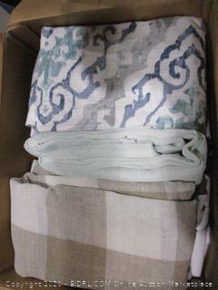 Box Lot Linen