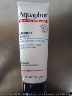 Aquaphor Advanced Therapy