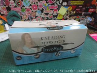 Kneading Massager