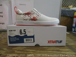 Xtratuf Shoes  6.5
