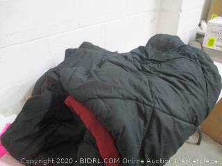 Bedding Item (See Pictures)