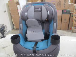 Safety 1st - Grow and Go 3-in-1 Car Seat (Retail $160)