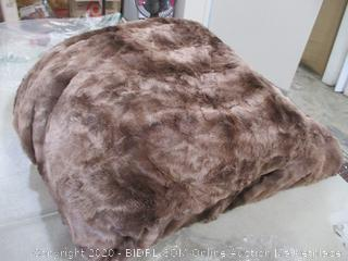Chanasya Fuzzy Faux Fur Throw Blanket (Queen)